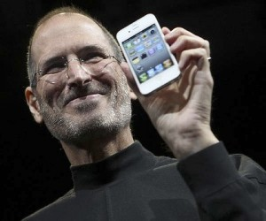 Steve Jobs vowed to destroy Google's Android